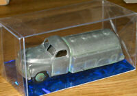 Supplied by DINKY MECCANO 194/58 TANKER CASTROL No441 Model kit.with Display Box