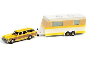 Johnny Lightning 73 Chevy Caprice Station Wagon with Camper Truck & Trailer 1:64