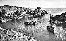 BR28908 Ile D yeu Entree du port de la meule ship bateaux france