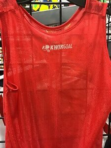 Size XXS KWIK GOAL  Training Scrimmage Vests ( Pinnies) mesh color red NEW