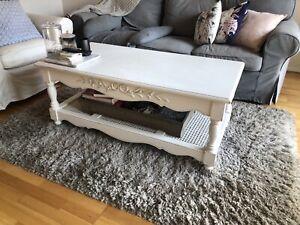 Early settler coffee table