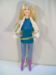 """HANNAH MONTANA IN CONCERT COLLECTION THE OTHER SIDE OF ME SINGING 12"""" DOLL JAKKS"""