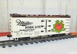 "LGB (4072)  MILLER ""High Life"" MILWAUKEE BEER / WOODEN BILLBOARD REEFER"