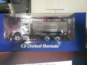 Freightliner m2-106 United rentals water truck still in box new