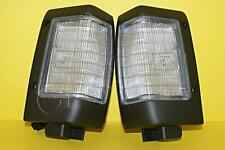 Turn Signals Corner Lamps Lights SET Fits NISSAN Pickup 720 Z-20 SD-23 93-