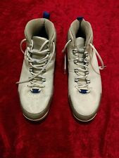 pre-owed Blue , white & grey size 17 Vince Carter Nike shock shoes