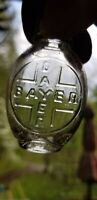 NICE BAYER CROSS ASPIRIN CONTAINED HEROIN SMALL OVAL BOTTLE with BAYER CROSS