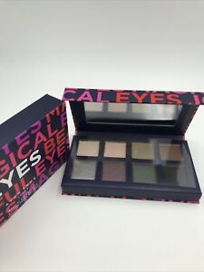 Avon True Color Magical Eyes Palette - 8 Eyeshadow Shades - FREE SHIPPING - NIB