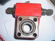 GRAVELY RIDER REAR DRIVE AXLE BLOCK WITH SHAFT NEW OLD STOCK