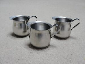 Lot of 3  VOLLRATH 46003 18/8 Stainless Steel Bell Creamer 3 ounce pitchers ++