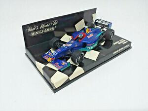 MINICHAMPS 1/43 - Red Bull Sauber Petronas 1999. Showcar - J. Alesi. 430990081