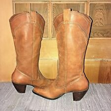 WHITE MOUNTAIN Dallas 8.5M leather western cowboy boots, tall, golden-brown