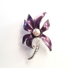 Brooch Classic Style Flower With Pearl