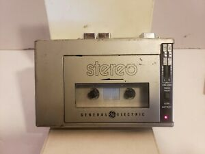 Vintage General Electric Portable Stereo Cassette Player Walkman #3-5270B *AS IS