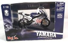 2007 Maisto Colin Edwards No. 5 Yamaha Fiat Motorcycle Die Cast Metal 1:18 New