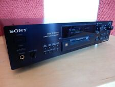Sony MDS-JB920 Minidisk recorder incl remote and user manual.