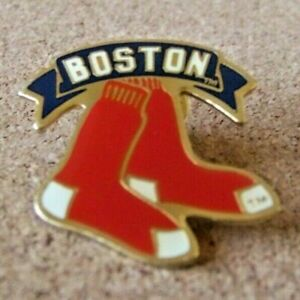 1991 Boston pin Red Sox logo MLB pair of socks c38731