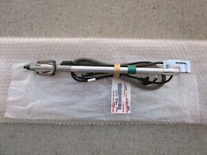 03 - 04 TOYOTA SEQUOIA SR5 LIMITED 4.7L V8 POLE PILLAR ANTENNA SUB-ASSY OEM NEW