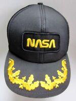Vintage 1980 s NASA Patch Space Gold Leaf Black Snapback Trucker Mesh Hat Cap