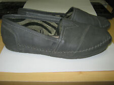 SKECHERS Gray Leather BOBS Women's Size 7 Flats