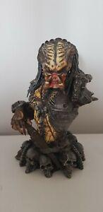 Predator 2 Movie Predator Elder Mini Bust Limited Edition  Palisades Model