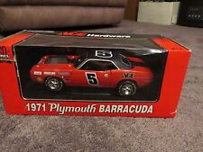 1971 Plymouth Barracuda Ace Hardware  1:18 diecast Ertl American Muscle