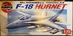 Airfix 04032 1/72 McDonnell Douglas F-18 Hornet  Series 4 1990