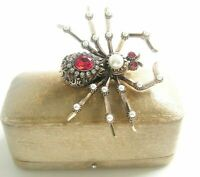 STATEMENT JEWELLERY SEED PEARL FACETTED RUBY RED RHINESTONE SPIDER BROOCH
