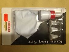 Icing bag with 4 nozzles