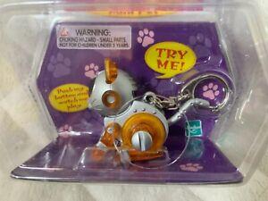NEW 2000 Meow-Chi Mini Pet Keychain Cat Orange Robo-Chi Tiger Electronics