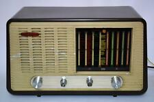 50's Vintage Cambridge International Bakelite Tube Radio PE39U [PL1993]