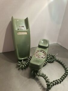 Vintage Trimline Bell System AT&T Rotary Dial Telephone Green Wall Phone Clean