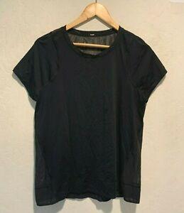 Lululemon Athletica Women's Short Sleeve T-Shirt Size 4-6 Black Active Gym Run