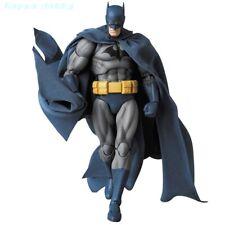"""Medicom Toy MAFEX - DC Comics: No.105 Batman """"Hush"""" [PRE-ORDER]"""