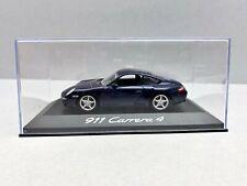 1:43... Minichamps -- Porsche 911 carrera 4 en plexibox/4 B 876