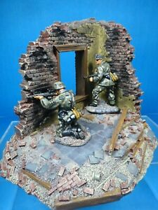 Conte 54mm WW2 German sniper & spotter w/scenic base 2 figs painted 2005 new oop