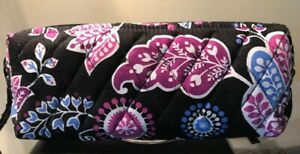 "Vera Bradley makeup cosmetic bag medium quilted black paisley zipper 8"" X 6"" X 3"