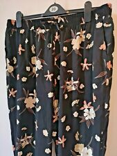 F & F 20 Black/Peach floral comfy fit casual/holiday stretch waist trousers