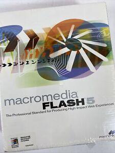 Macromedia Flash 5 Retail: Windows & Mac OS (NEW / Factory Sealed ~ FLW50D01)