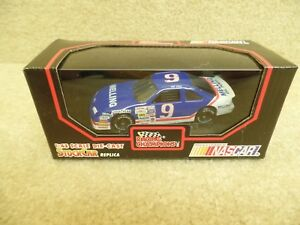 New 1991 Racing Champions 1:43 Diecast NASCAR Bill Elliott Melling Thunderbird