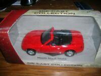 1:24 Scale Diecast Red Mazda MX5 Miata Motormax  -  NIB
