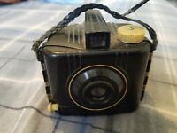 VINTAGE EARLY 1940s KODAK BABY BROWNIE SPECIAL CAMERA