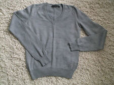 CALVIN KLEIN BOYS/GIRLS V NECK LONG SLEEVE JUMPER MED GREY.EXCELLENT CONDITION