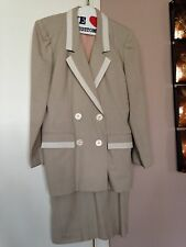 Women's Casual Corner Beige With White Trim Jacket Dress, Size 4