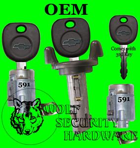 Chevy S10 P'up Blazer 01 OEM Ignition Key Switch Cylinder & Door Lock Set 3 Keys