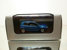 SCHUCO  VW VOLKSWAGEN GOLF V 3-DOOR -  BLUE 1:43 - EXCELLENT IN DEALER BOX
