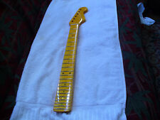 NATURAL FINISH ELECTRIC GUITAR NECK FOR STRATOCASTER STYLE, 22 FRET MAPLE/MAPLE