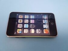 Apple iPod touch 2nd Generation (Late 2008) Black (8GB) - JUST CRACKED GLASS