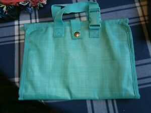 Thirty-one Timeless Beauty Bag-Turquoise Cross Pop-758C-10th Anniv.