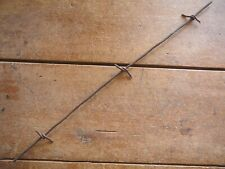 STOVER SHOULDER BARB - LARGE STAPLE ON SINGLE ROUND LINE - ANTIQUE BARBED WIRE